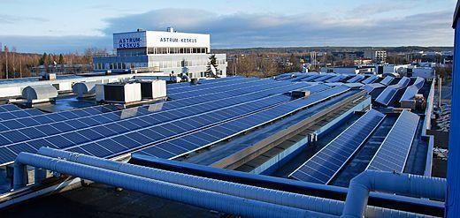 Astrum-keskus – aurinkopaneelit katolla